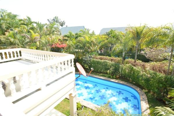 House for rent Pattaya showing the view from bedroom balcony