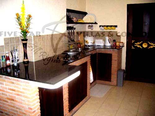 Condominium for rent in Jomtien at View Talay 2A showing the kitchen