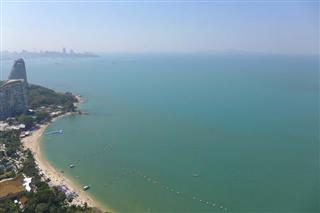 Condominium for sale The Palm Wongamat Pattaya showing the ocean view