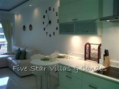Condominium for rent in Jomtien at VT3 showing the kitchen