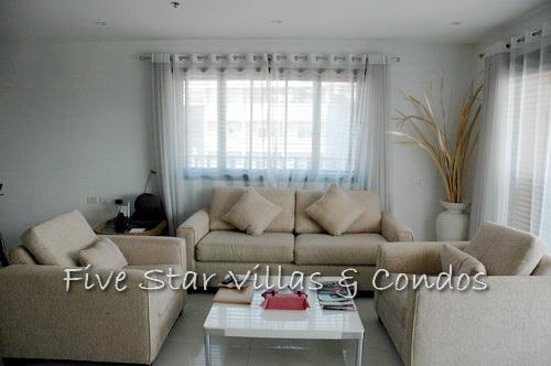 Condominium for rent on Pratumnak showing the sitting area