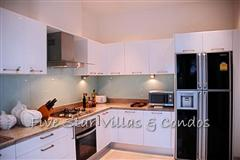 Pool villa for sale in Pattaya at The Vineyard Phase 2 showing the kitchen