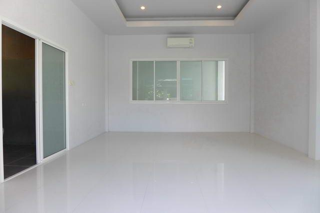 House for sale Huay Yai Pattaya showing a further bedroom