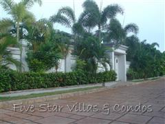House for rent Pattaya Siam Royal View showing the entrance