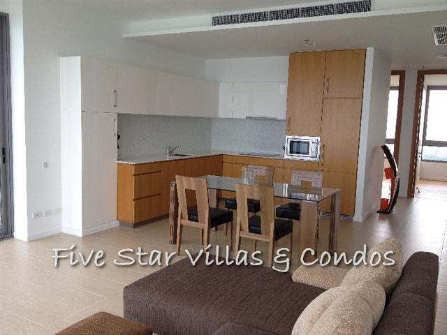 Condominium for rent at Wong Amat Northpoint showing the dining kitchen area