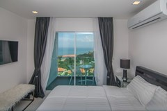 Condominium for sale Pratumnak Pattaya showing the fourth bedroom and balcony