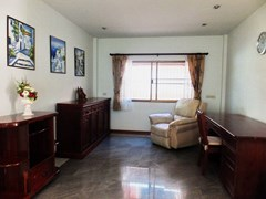 House for rent Mabprachan Pattaya showing the office area