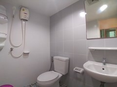 House for rent East Pattaya showing a bathroom