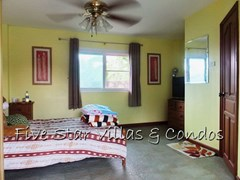 House for sale East Pattaya showing the guest bedroom
