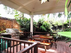 House for sale Pattaya showing the BBQ area