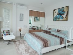 House for Sale Silverlake Pattaya showing the master bedroom suite