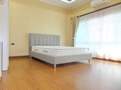 House for sale WongAmat Pattaya showing the third bedroom