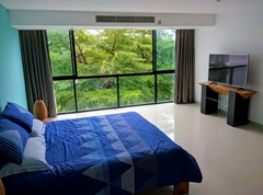 Condominium for rent Jomtien showing the bedroom and view