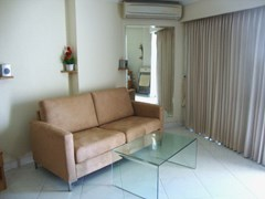 Condominium for rent Jomtien VIEW TALAY 2B showing the living area