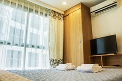 Condominium for sale Pratumnak Hill Pattaya showing the bedroom and builtin wardrobe