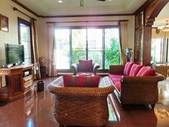 House for rent East Pattaya showing the main living area