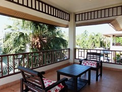 House for rent East Pattaya showing the balcony