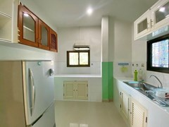 House for rent South Pattaya showing the kicthen
