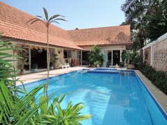 House for rent at View Talay Villas Jomtien showing the swimming pool