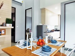 House for sale Huayyai Pattaya showing the dining, kitchen concept and second bathroom