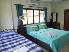 House for sale Jomtien Pattaya showing the master bedroom suite