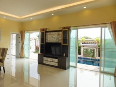House for Sale East Pattaya showing the living area with pool view