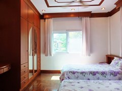 House for Sale Mabprachan Pattaya showing the third bedroom with built-in wardrobes
