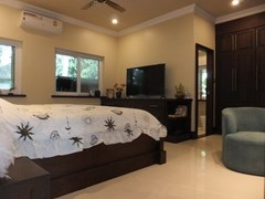 House for sale Nongpalai Pattaya showing the third bedroom suite