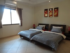 House for rent Pratumnak Pattaya showing the second bedroom