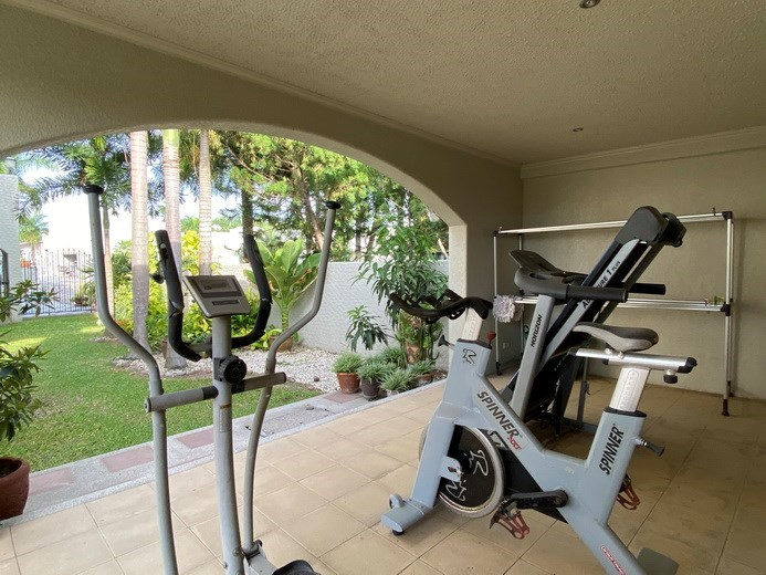 House for rent East Pattaya showing the gymnasium