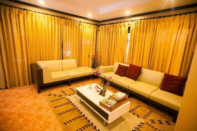 House for sale Huay Yai Pattaya showing the living area