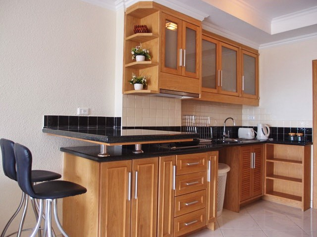 Condominium for rent Jomtien VIEW TALAY 2B showing the dining and kitchen areas