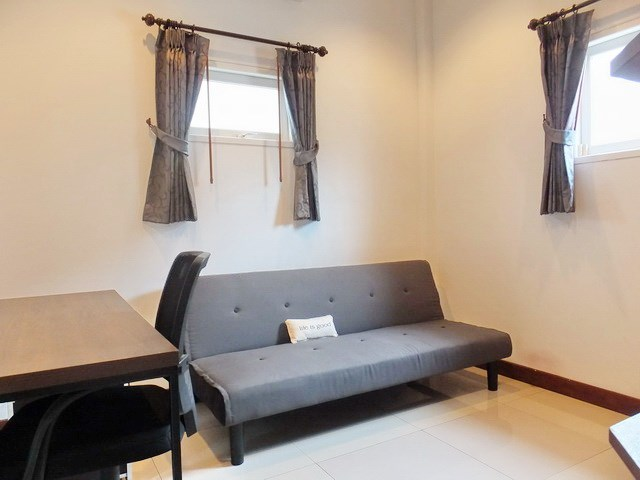 House for rent East Pattaya showing the third bedroom / office area