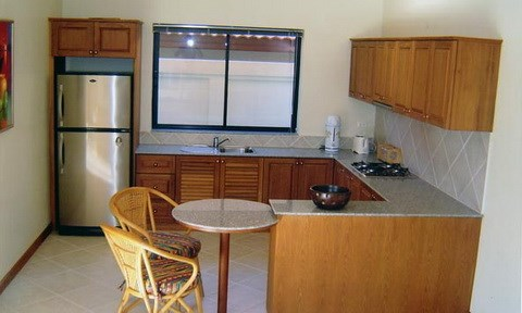 House for rent Jomtien View Talay Villas showing the kitchen