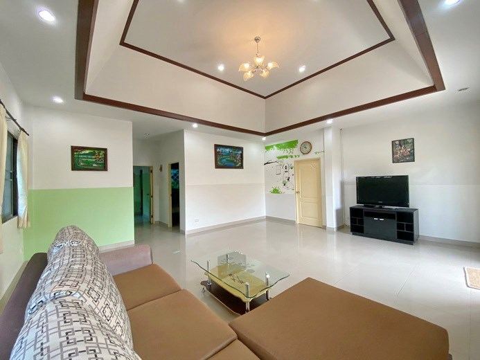 House for rent South Pattaya showing the open plan concept