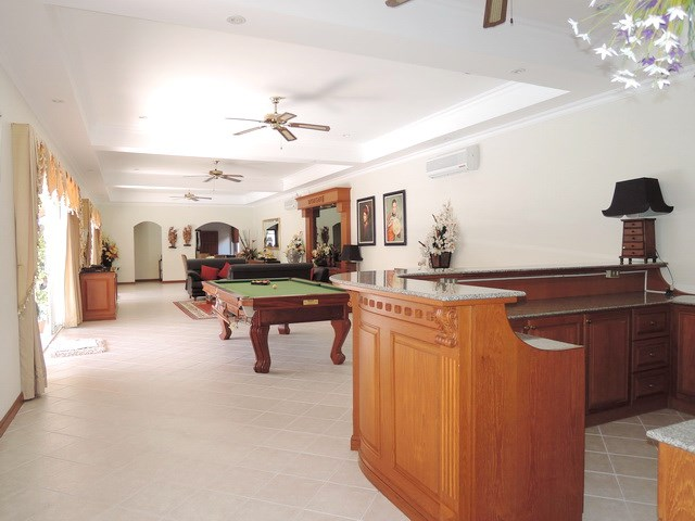 House for rent at View Talay Villas Jomtien looking from the bar
