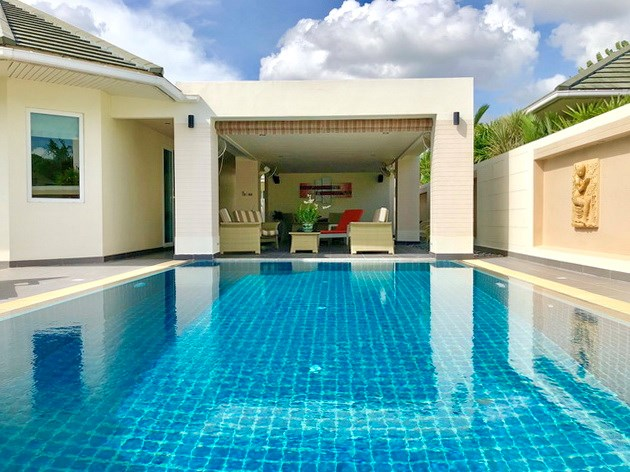 House for sale East Pattaya showing the pool and large covered terraces