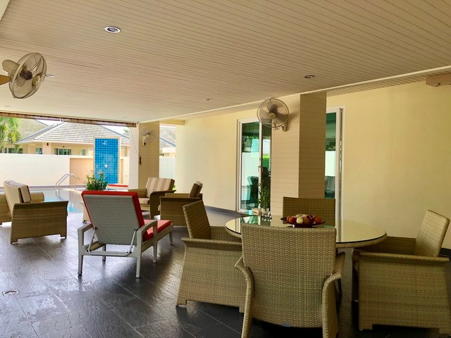 House for sale East Pattaya showing the large covered terrace