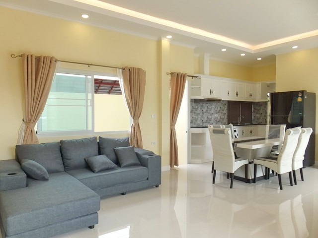 House for Sale East Pattaya showing the living, dining and kitchen areas