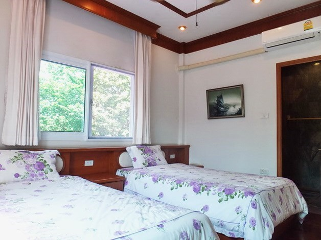 House for Sale Mabprachan Pattaya showing the third bedroom suite